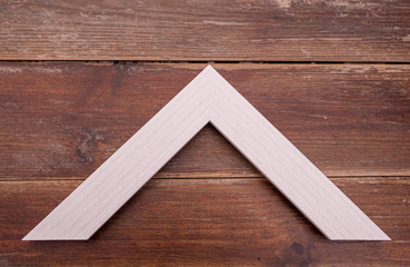 picture framing online white with blonde grain