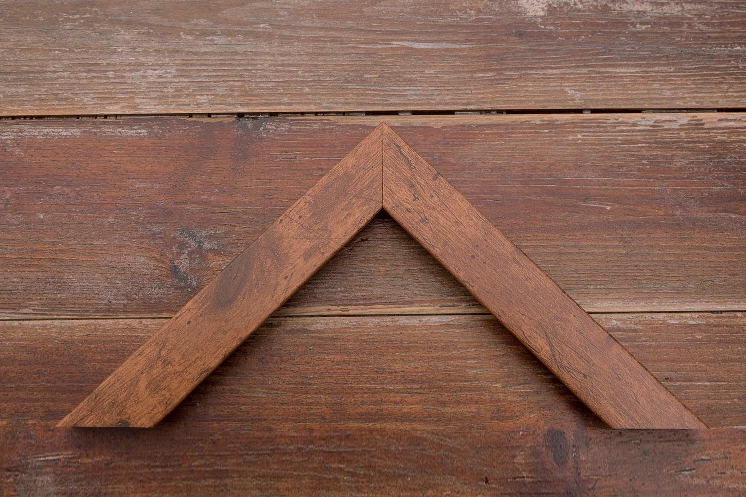 narrow teak moulding