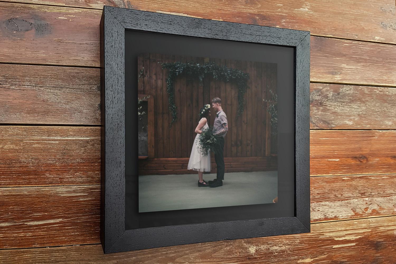 black aperture frame