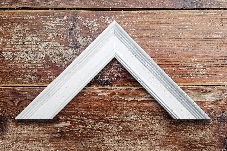 White Medium Frame