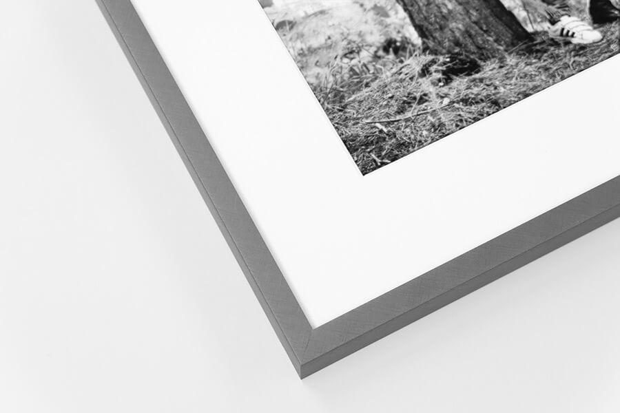 A10 - Florentine Grey, W: 10mm D:19mm