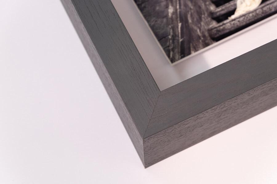 Aperture Float Frame - Grey, W: 27mm D:70mm