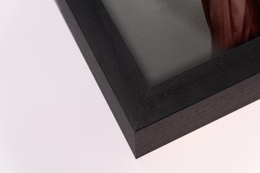 Gallery Frame - Black, W: 27mm D:70mm