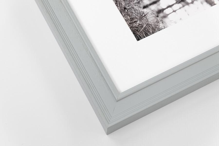 M11 - Pale Grey, W: 25mm D: 18mm