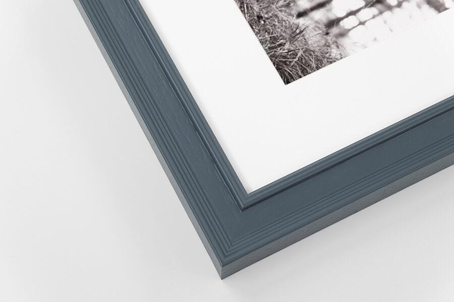 M12 - Blue/Grey, W: 25mm D: 18mm