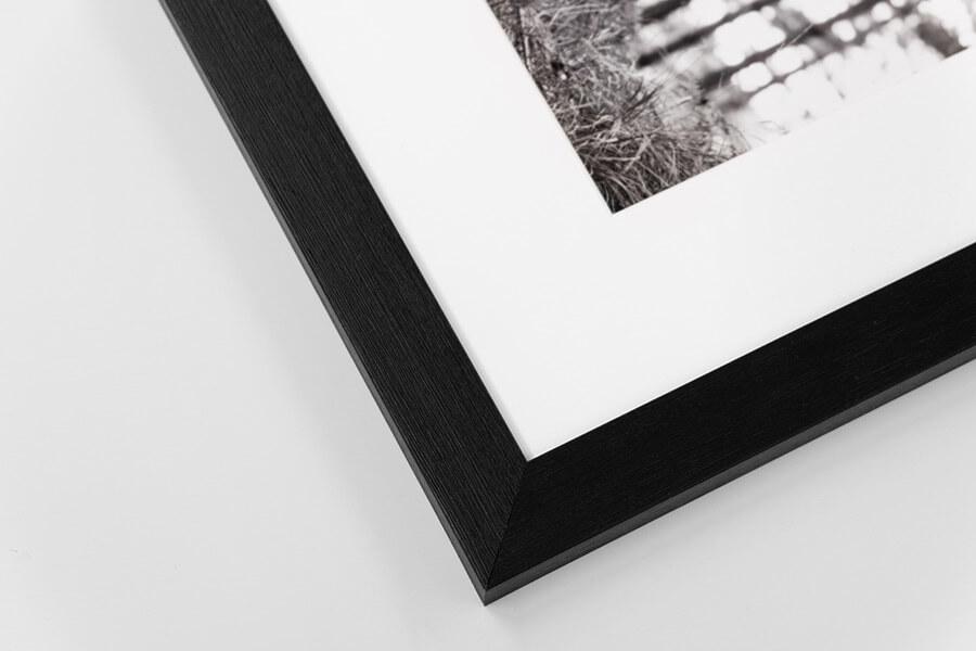 M5 - Narrow Black, W: 20mm D: 15mm