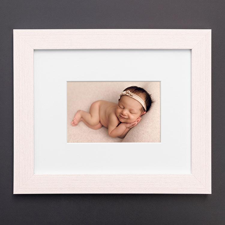 framed-print_Bronx_picture frames_custom picture frames_digitalab_photo frame